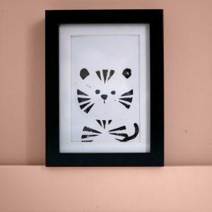 déco enfant : carte linogravure tigre